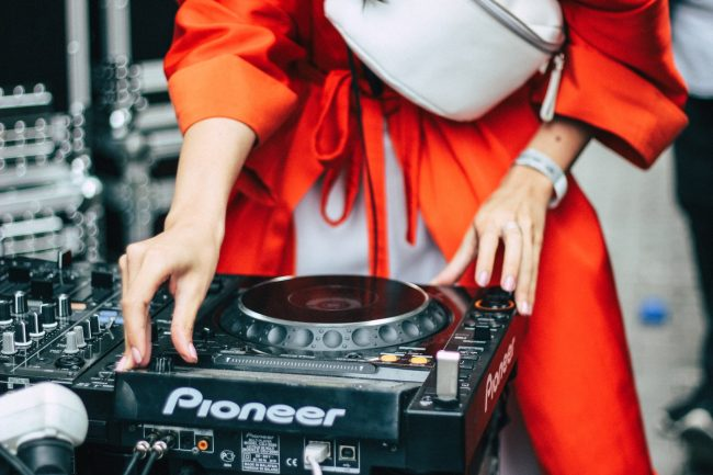 A Class Act- DJs who'll work with you to create the soundtrack to your special event!