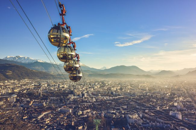 """""""Les Bulles"""" connect Grenoble to the summit of La Bastille Hill"""